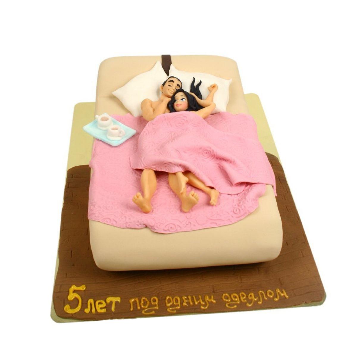 №1111 Торт кровать