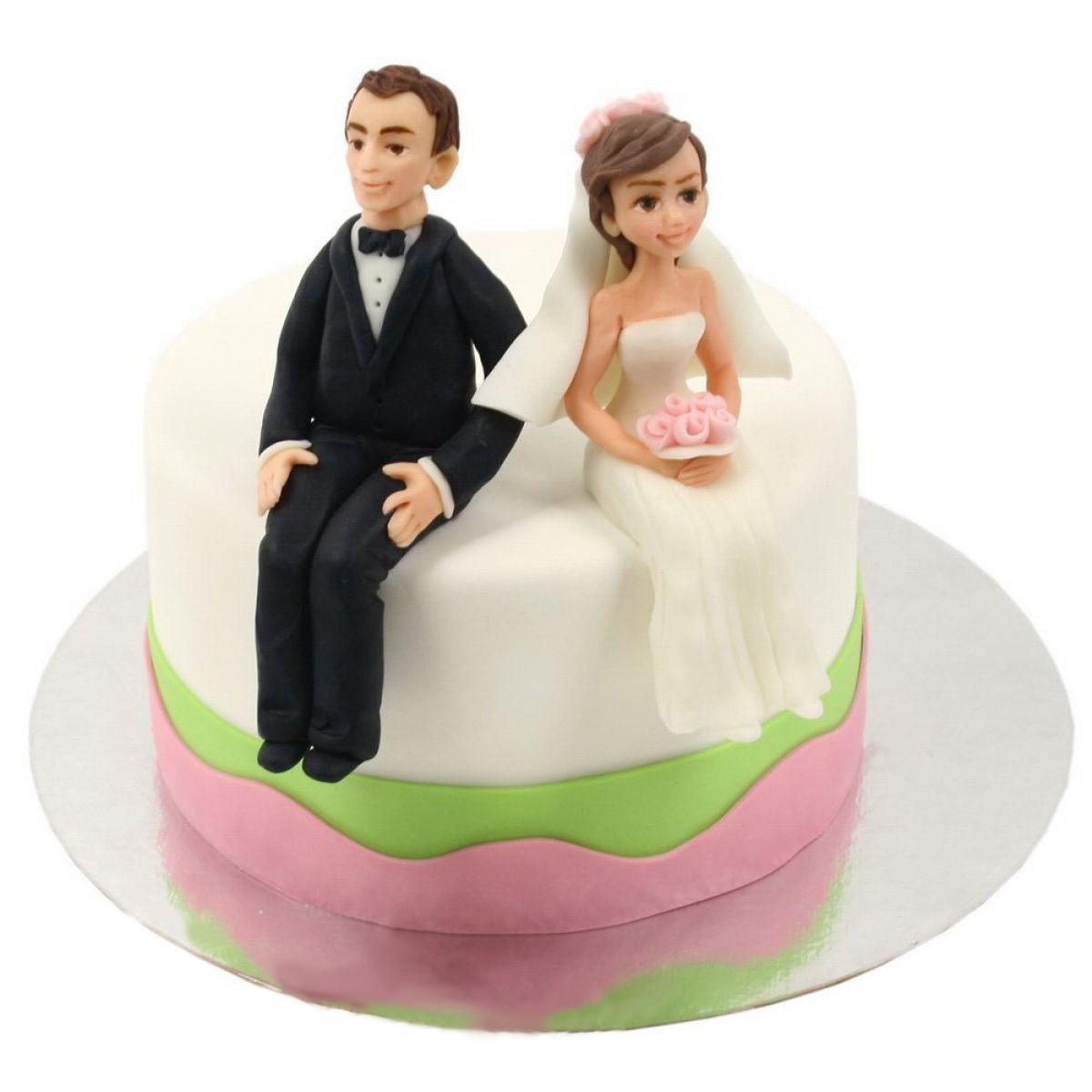 №745 Торт влюбленные