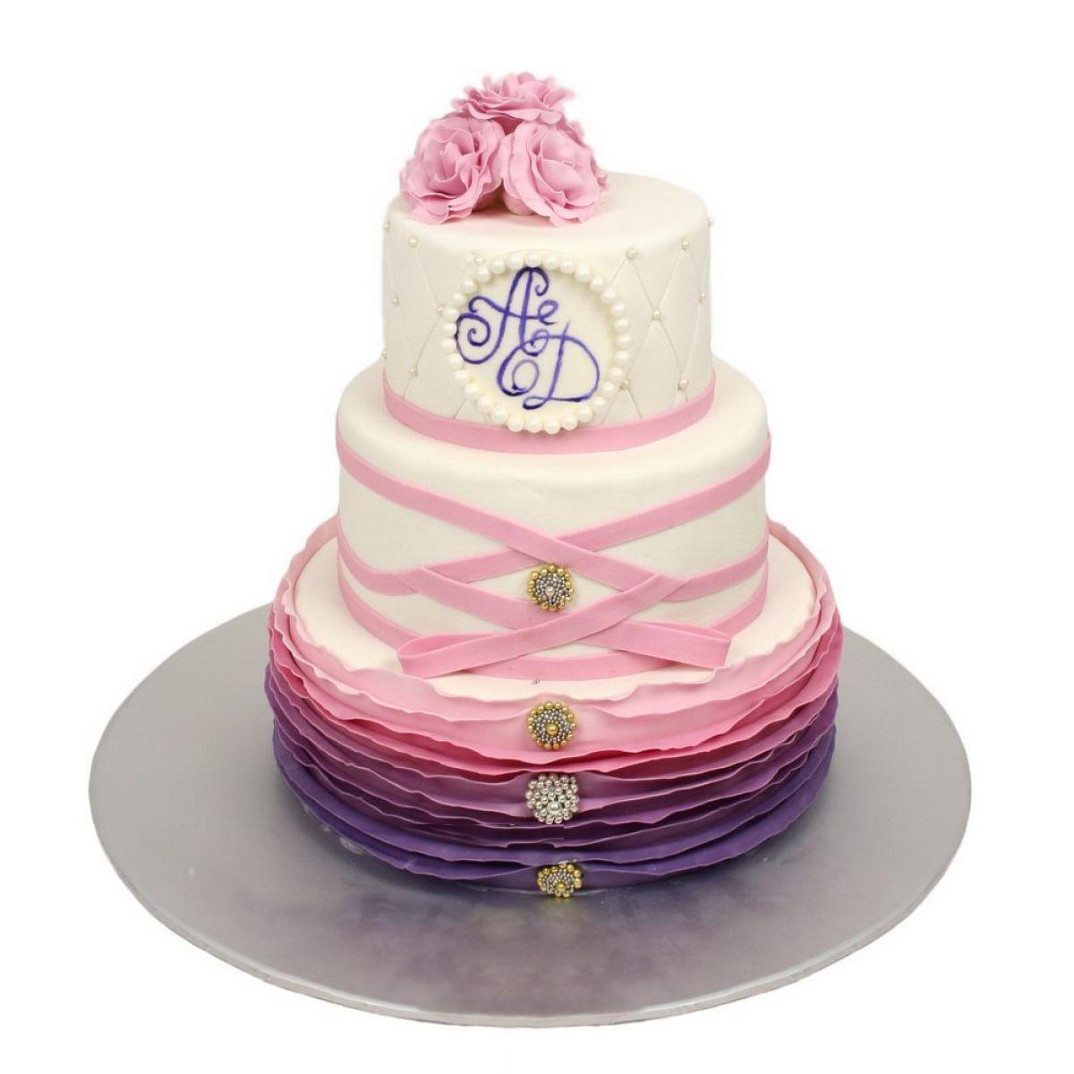 №753 Торт инициалы